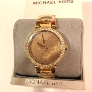 NWT Michael Kors Glitz Gold Watch MK6425